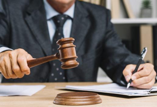 Tribunale di Terni condanna finanziaria a risarcimento