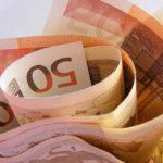 Istat: crolla la spesa delle famiglie.